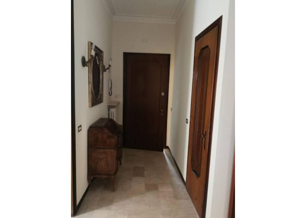 Affitto Appartamento a Parma trilocale Arco di San Lazzaro di 103 mq