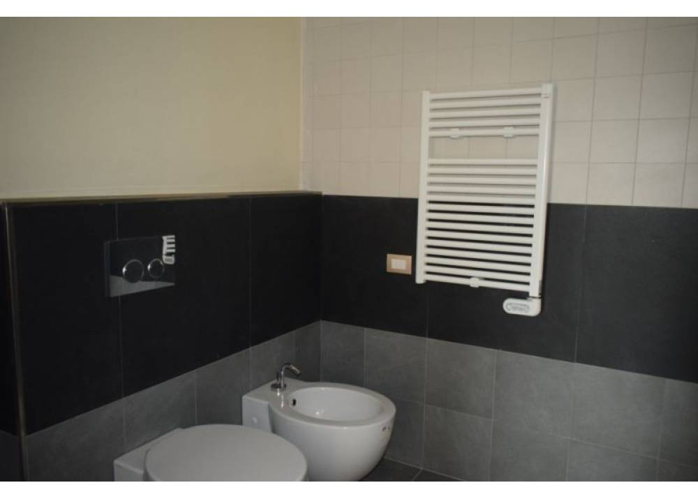 Vendita Appartamento a Parma quadrilocale Q.re Pasubio di 137 mq