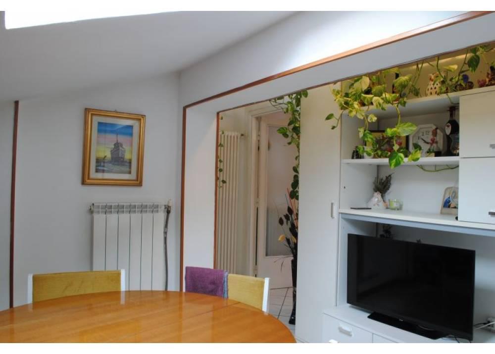 Vendita Appartamento a Parma trilocale crocetta di 83 mq