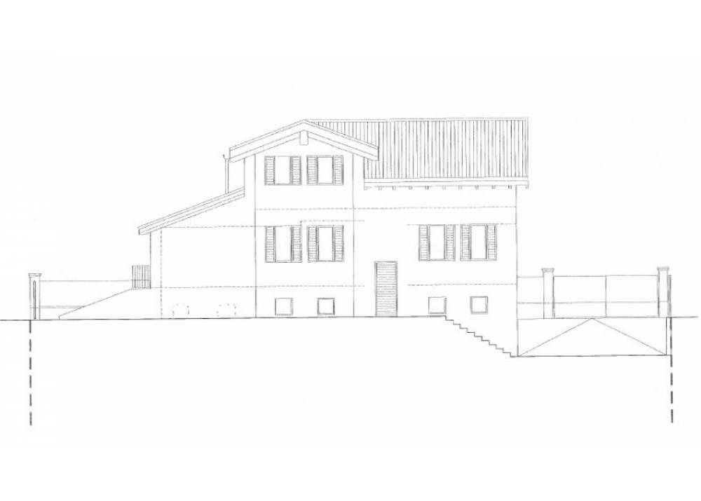 Vendita Terreno Edificabile a Montechiarugolo monolocale  di 700 mq