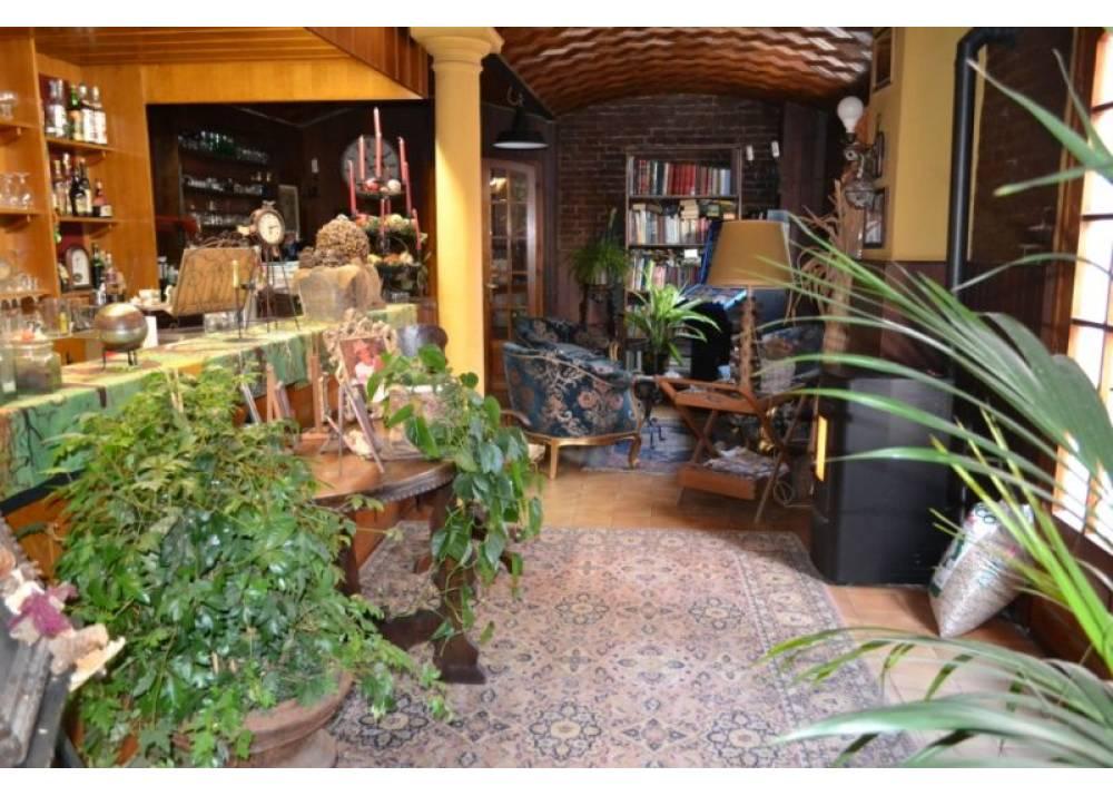 Vendita Rustico a Montecchio Emilia   di 800 mq