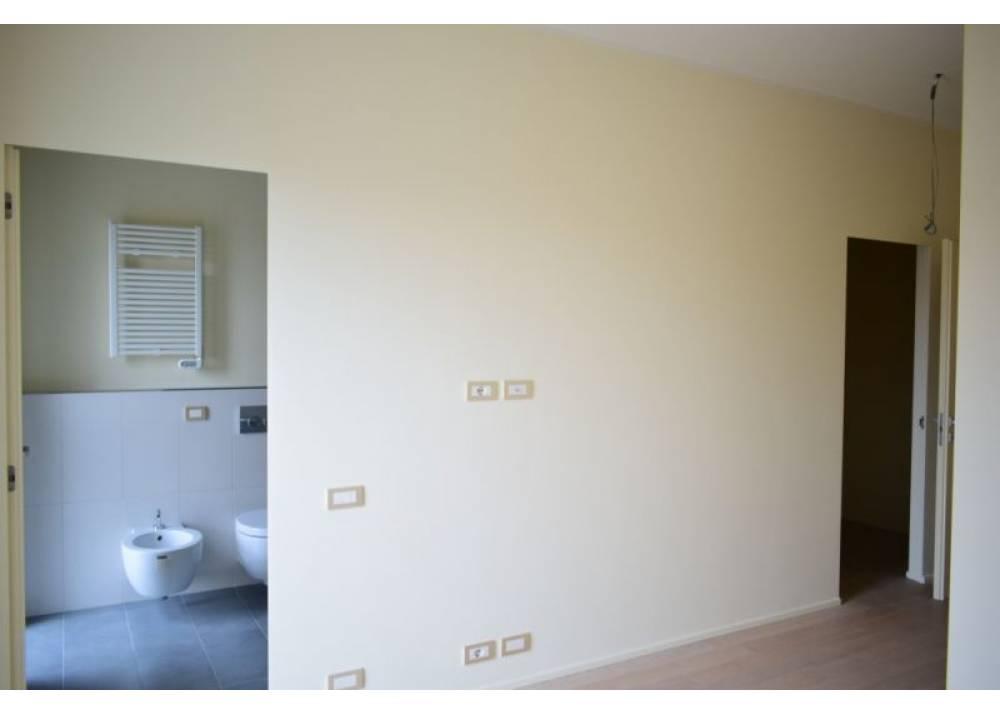 Vendita Appartamento a Parma Via Stradello Marca-Relli Conrad Q.re Pasubio di 137 mq