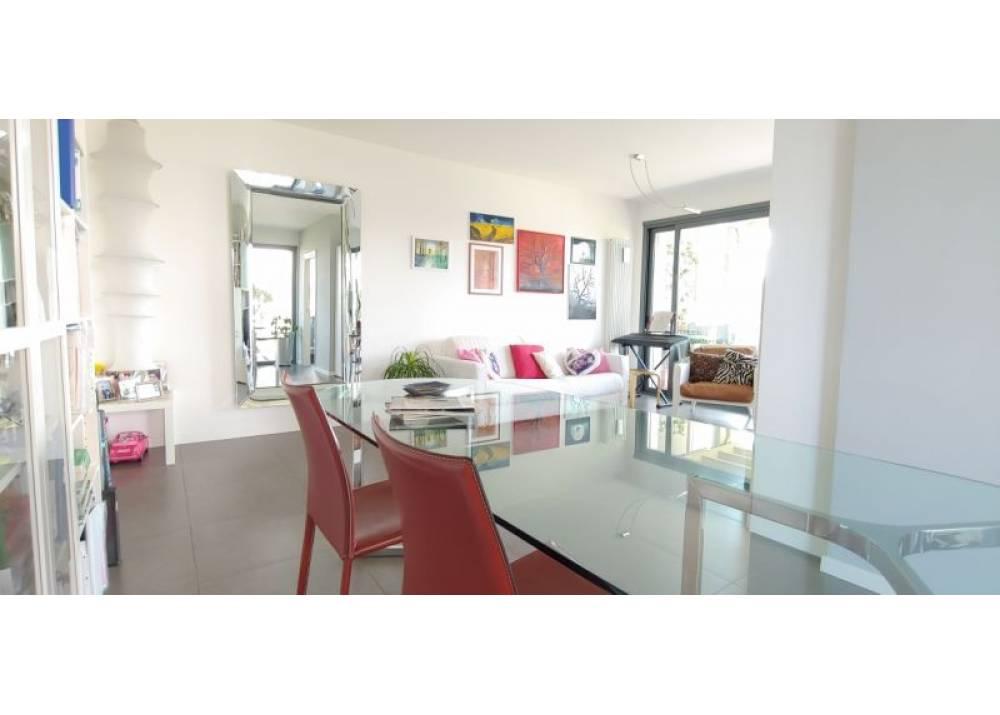 Vendita Appartamento a Parma trilocale Q.re San Lazzaro di 117 mq