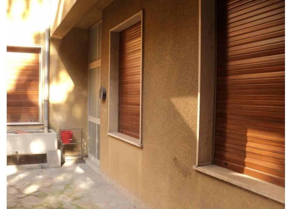 Affitto Ufficio a Parma monolocale Centro Storico di 70 mq