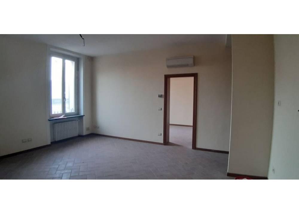 Affitto Ufficio a Parma bilocale San Lazzaro di 70 mq