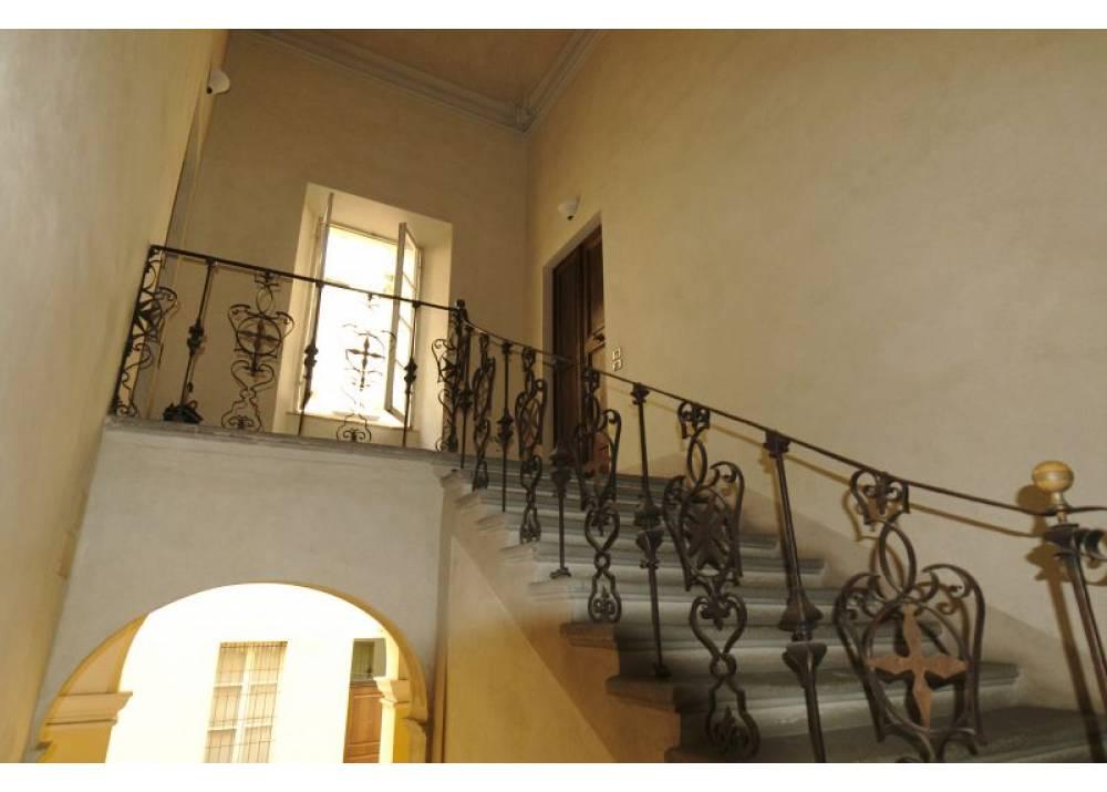 Affitto Appartamento a Parma quadrilocale Parma Centro di 263 mq