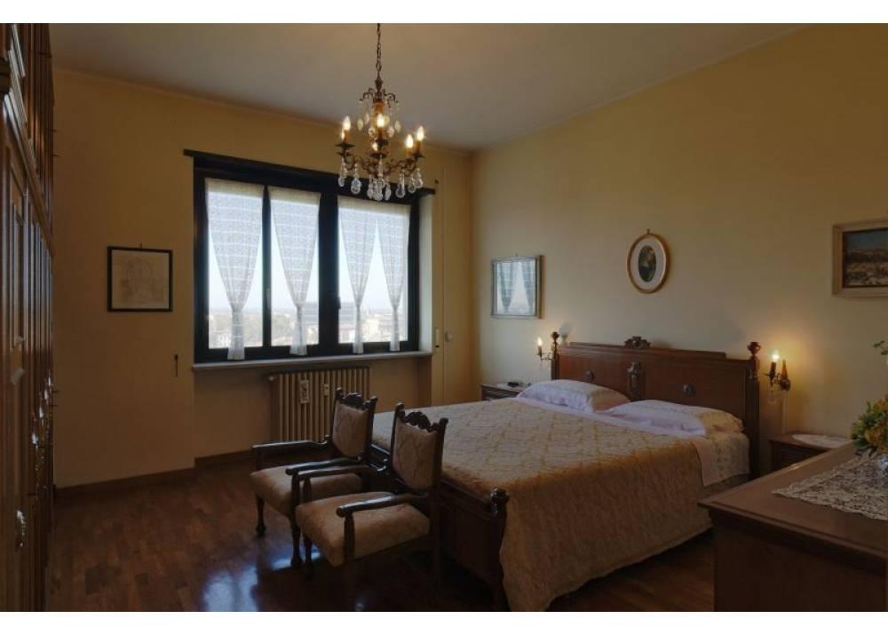 Vendita Appartamento a Parma trilocale Parma centro - Stazione di 120 mq