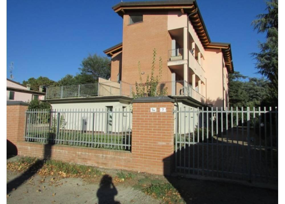 Vendita Appartamento a Montechiarugolo Via Basse  di 240 mq