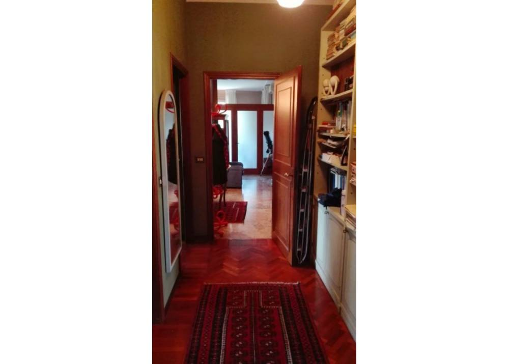Affitto Appartamento a Parma quadrilocale San Lazzaro di 155 mq