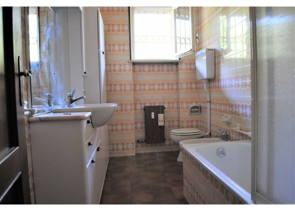 Vendita Appartamento a Langhirano trilocale  di 85 mq