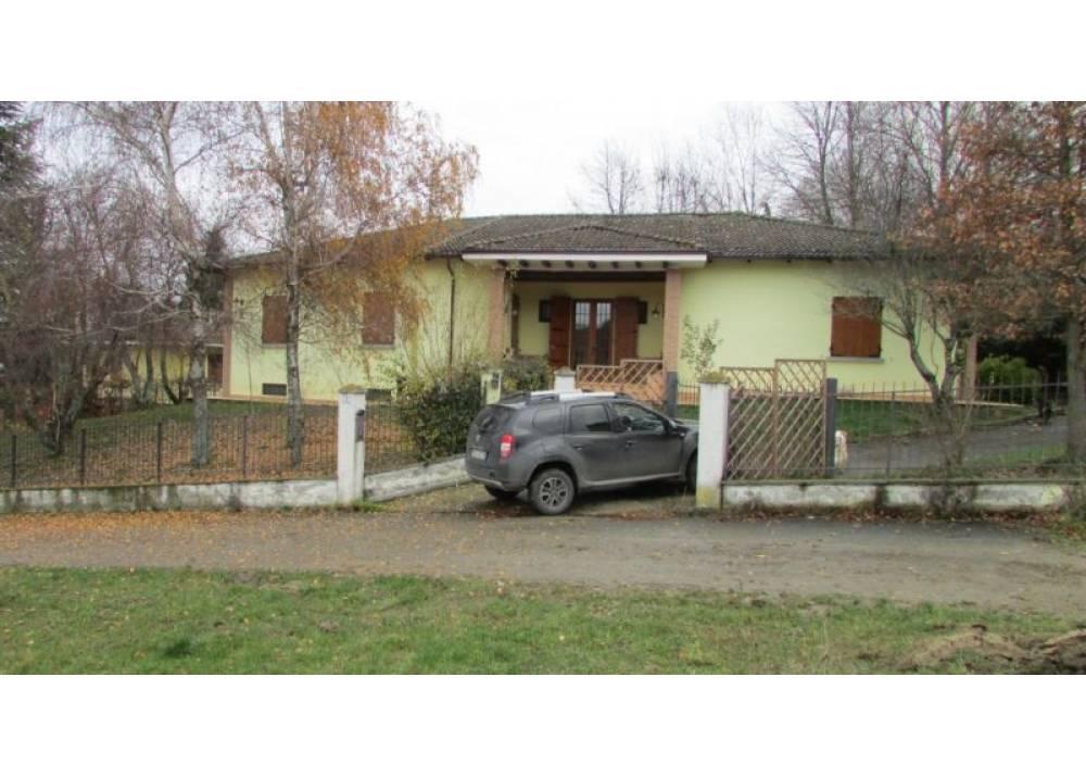 Vendita Villa a Neviano degli Arduini Strada Campo del Fico  di 250 mq