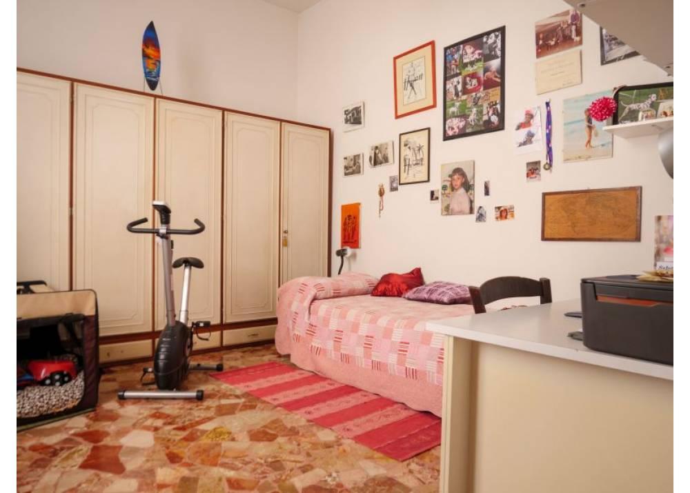 Vendita Quadrilocale a Parma  Molinetto di 310 mq