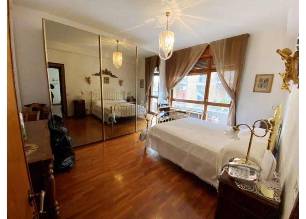 Vendita Appartamento a Parma  Centro - La Galleria di 180 mq