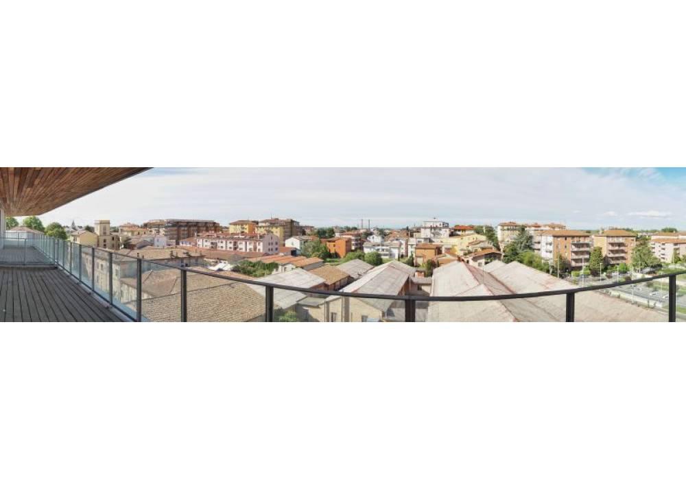 Vendita Appartamento a Parma Via Stradello Marca-Relli Conrad Q.re Pasubio di 200 mq