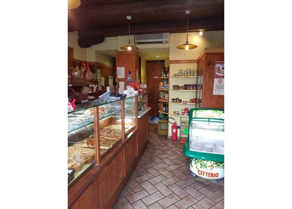 Affitto Locale Commerciale a Parma monolocale  di 45 mq