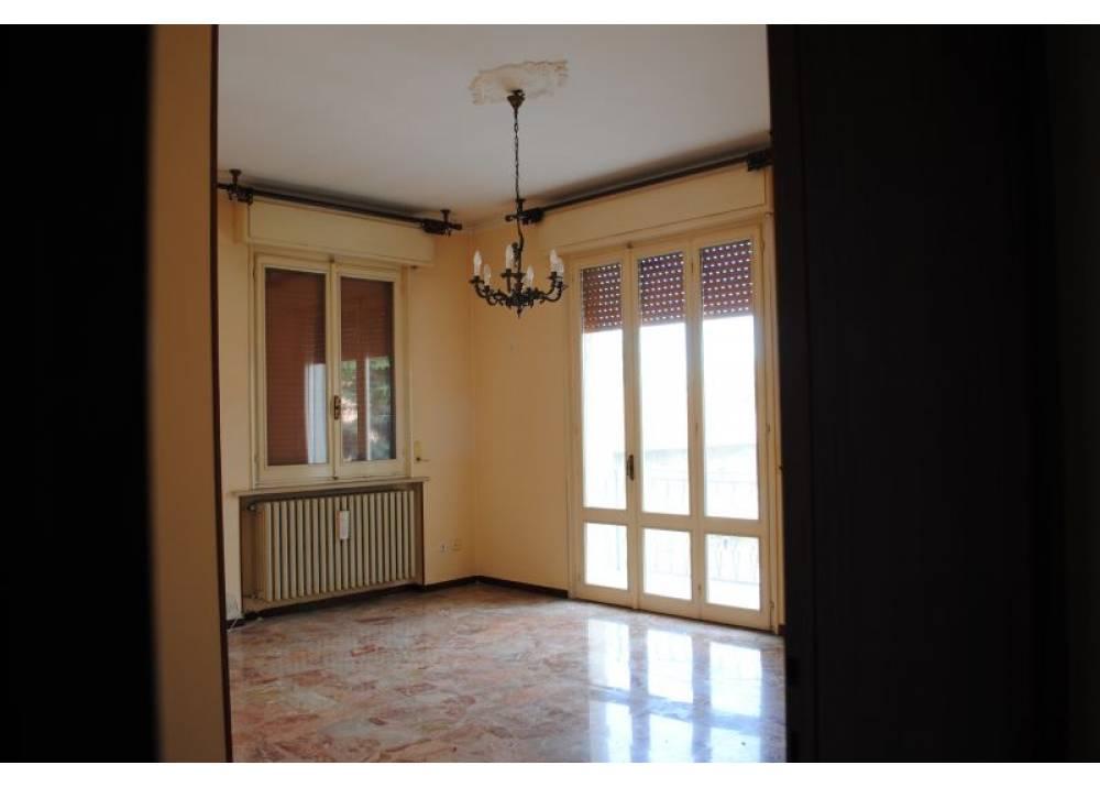 Vendita Appartamento a Parma  Montanara di 105 mq