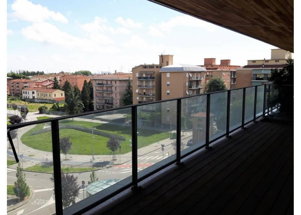 Vendita Attico a Parma quadrilocale Q.re Pasubio di 194 mq