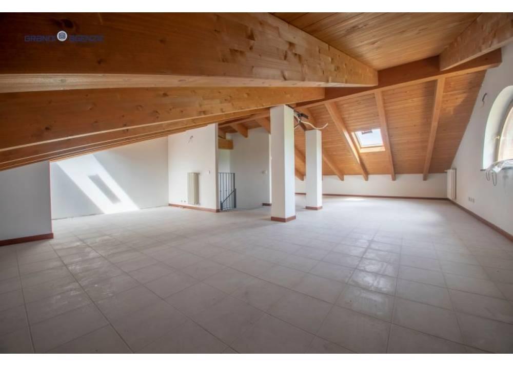 Vendita Appartamento a  quadrilocale  di 140 mq