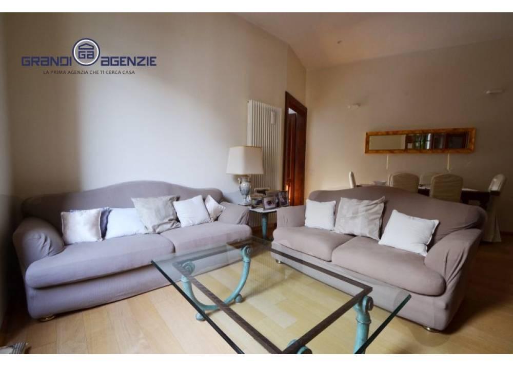 Vendita Appartamento a Parma trilocale Oltretorrente di 110 mq