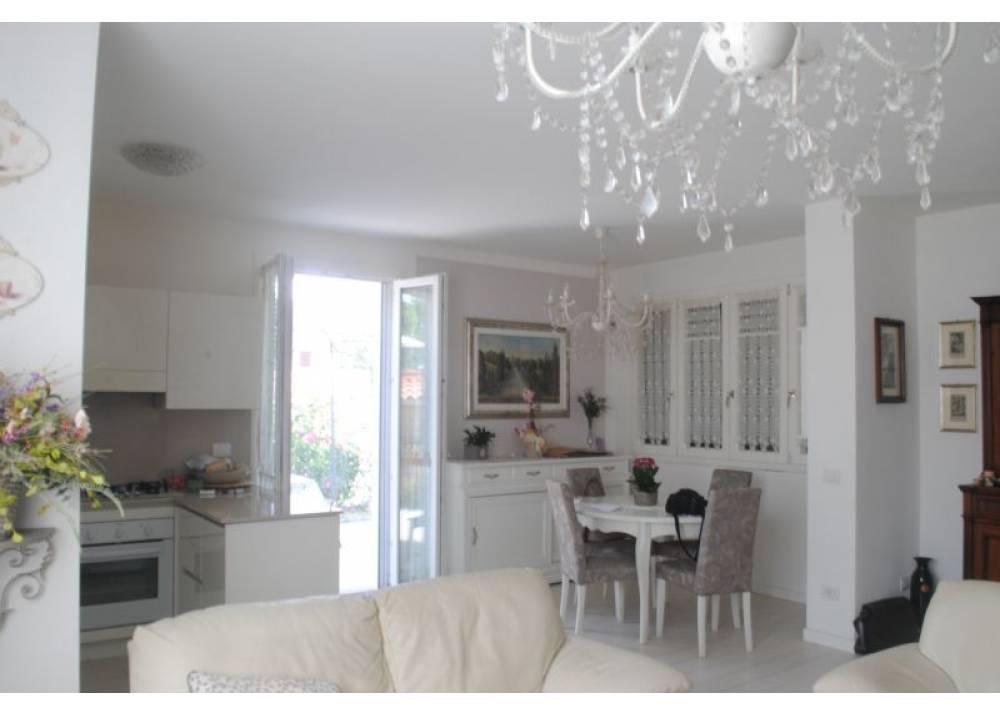 Vendita Appartamento a Parma trilocale  di 128 mq