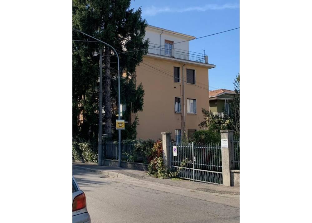 Affitto Appartamento a Parma quadrilocale Q.re Montanara di 100 mq