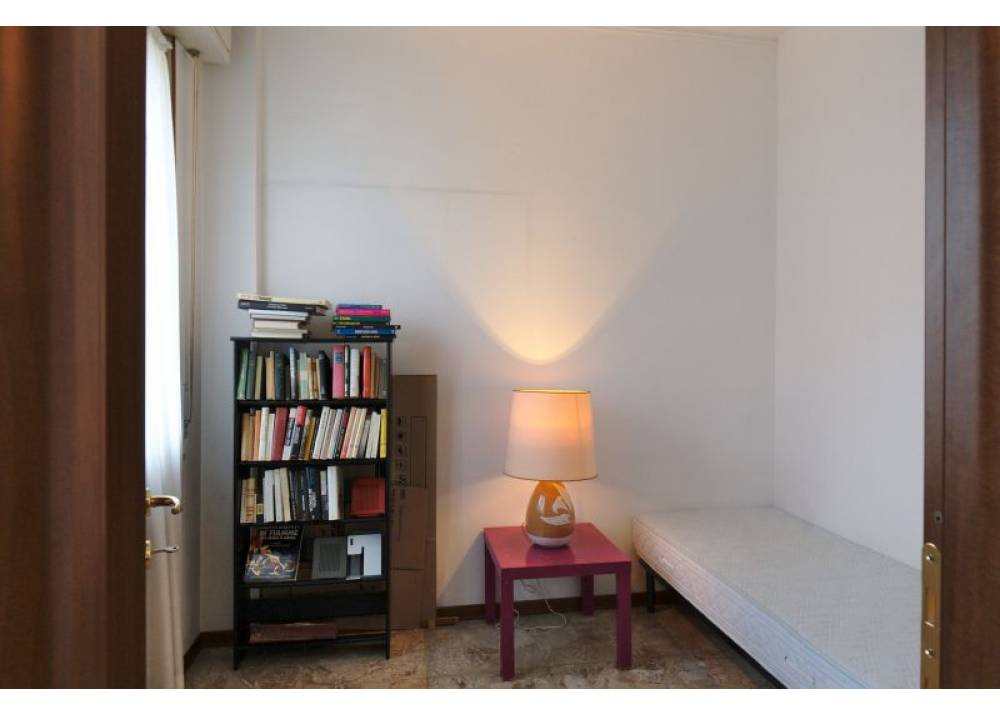 Vendita Appartamento a Parma quadrilocale Q.re San Lazzaro di 142 mq