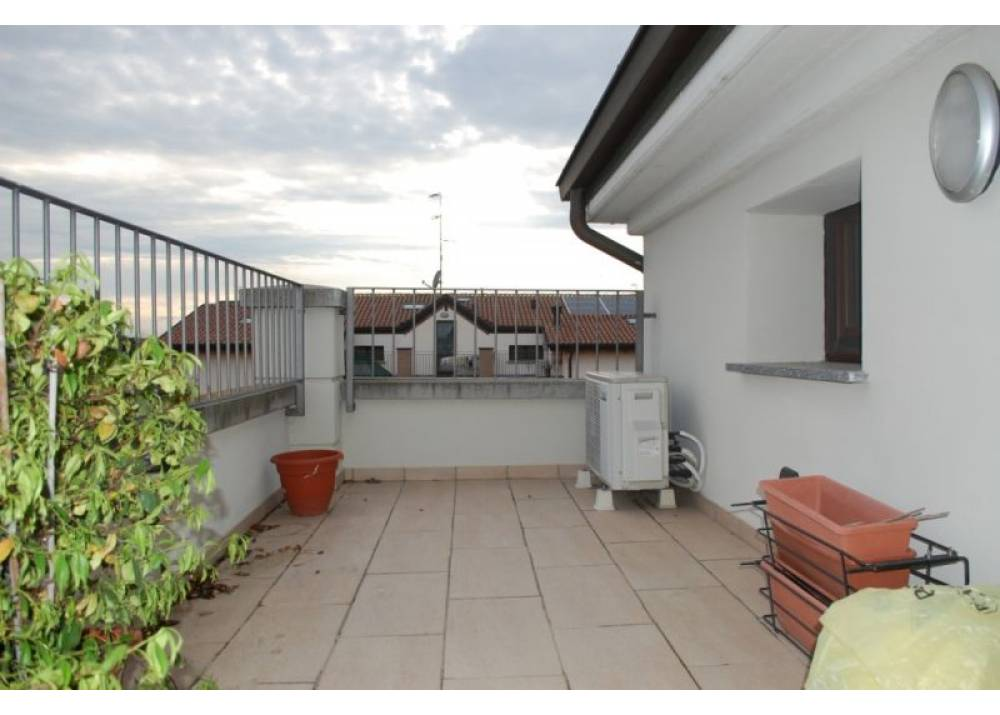 Vendita Appartamento a Parma Via Angelo Navaresi  di 74 mq