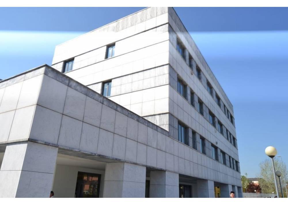 Vendita Ufficio a Parma monolocale Strada Martinella/Campus di 143 mq