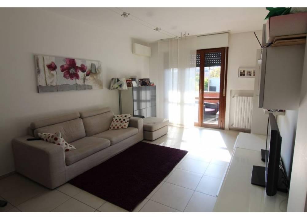 Vendita Appartamento a Parma trilocale Colombo di 80 mq