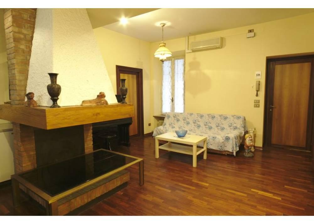 Vendita Appartamento a Parma trilocale Centro Storico di 132 mq