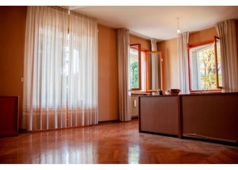 Vendita Villa a Gattatico quadrilocale  di 350 mq