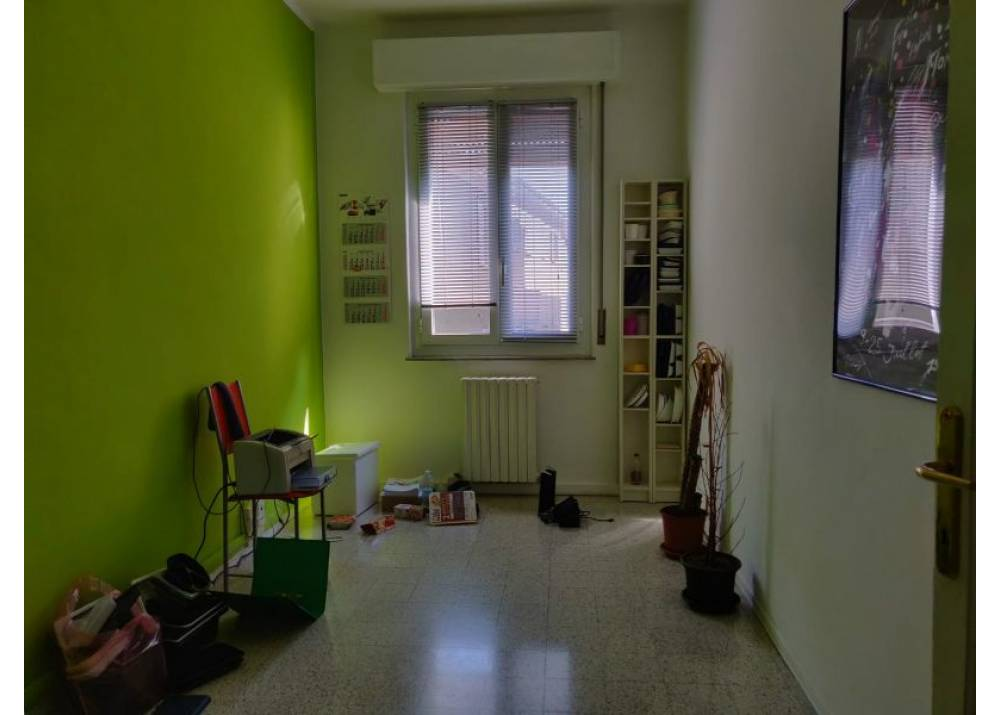 Affitto Ufficio a Parma  Centro Storico di 118 mq