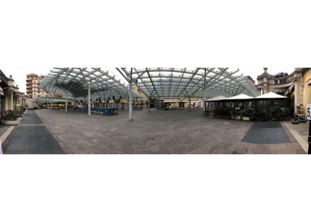 Affitto Locale Commerciale a Parma monolocale Centro Storico di 35 mq