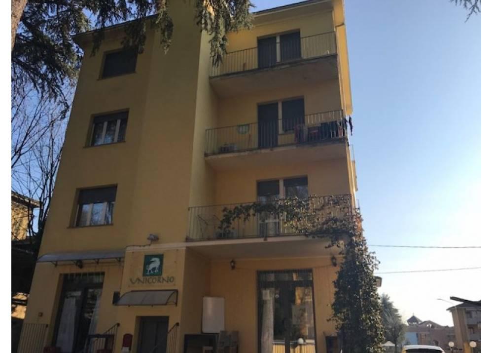 Vendita Locale Commerciale a Montechiarugolo monolocale  di  mq