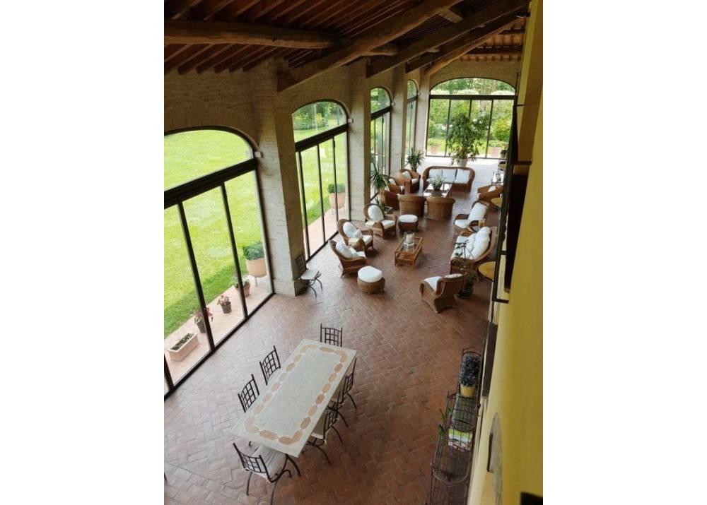 Vendita Villa a Parma   di 800 mq