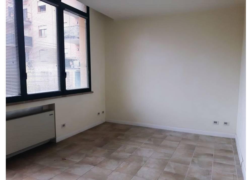 Vendita Appartamento a Parma Via Pietro Rubini Ospedale di 70 mq
