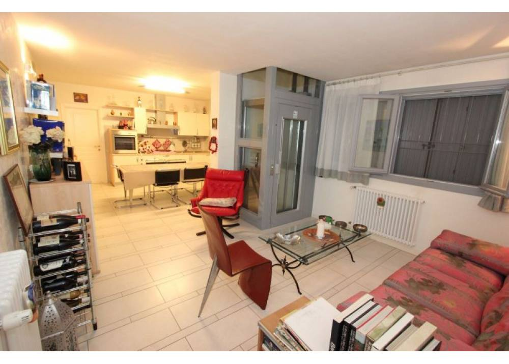Vendita Appartamento a Montechiarugolo   di 240 mq