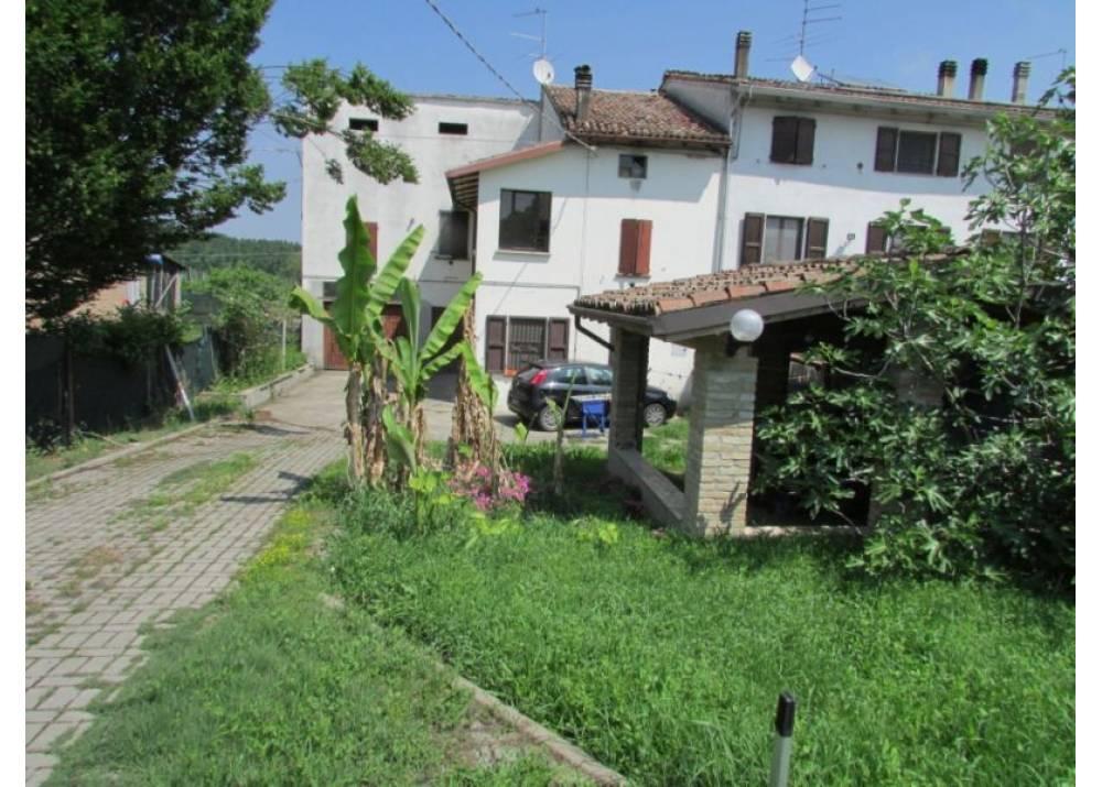 Vendita Casa Indipendente a Mezzani Via Al Traversante di Bocca D`Enza  di 225 mq