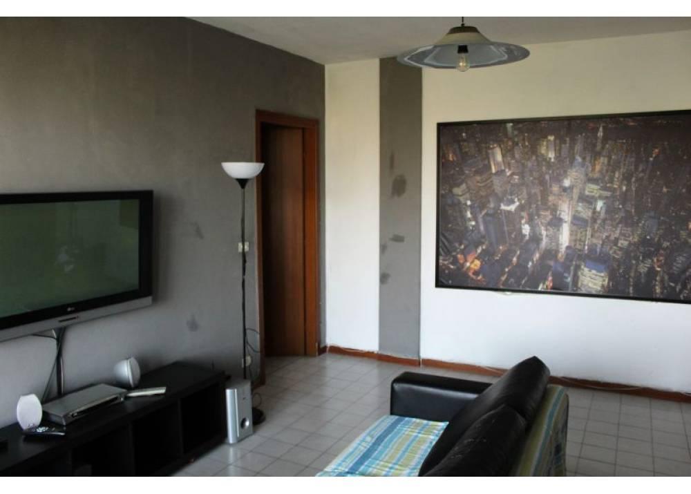 Vendita Appartamento a Parma quadrilocale zona centro torri di 105 mq
