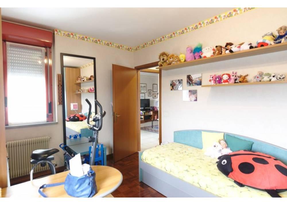Vendita Appartamento a Parma trilocale Int. Via Sidoli di 92 mq