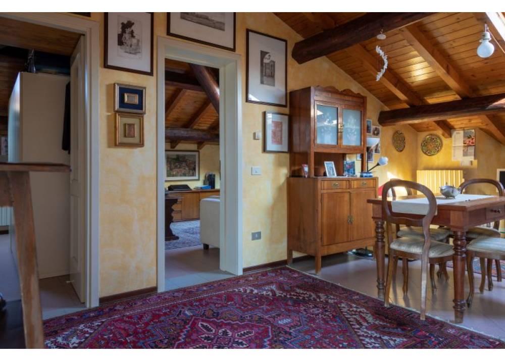 Vendita Appartamento a Parma trilocale Oltretorrente di 75 mq