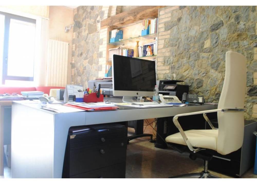 Vendita Ufficio a Parma  San Leonardo di 75 mq