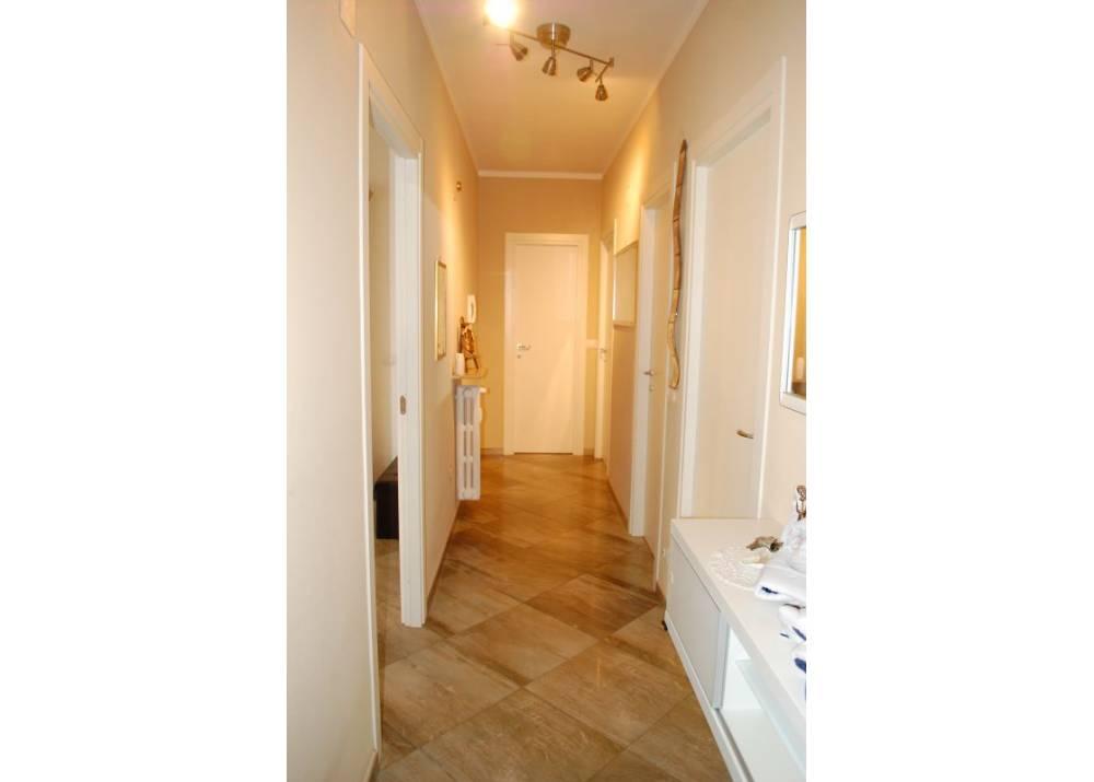 Vendita Appartamento a Parma quadrilocale Int. Via Zarotto di 103 mq