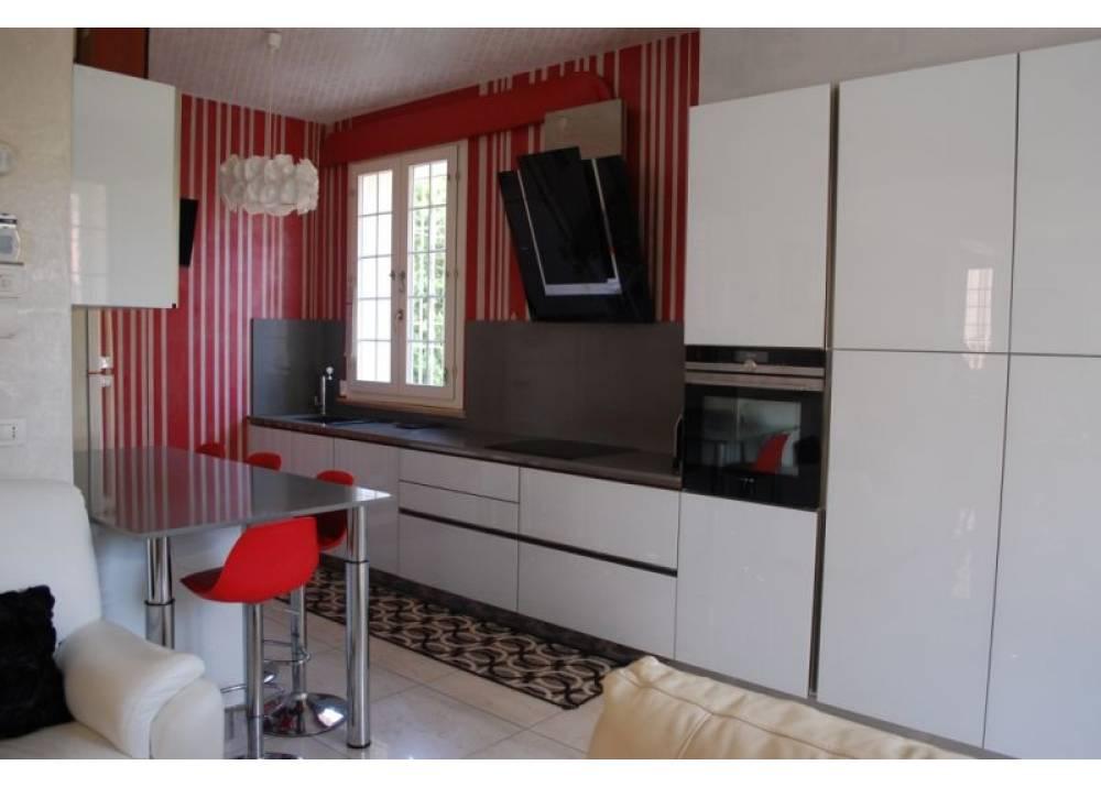 Vendita Appartamento a Parma quadrilocale Cittadella di 194 mq