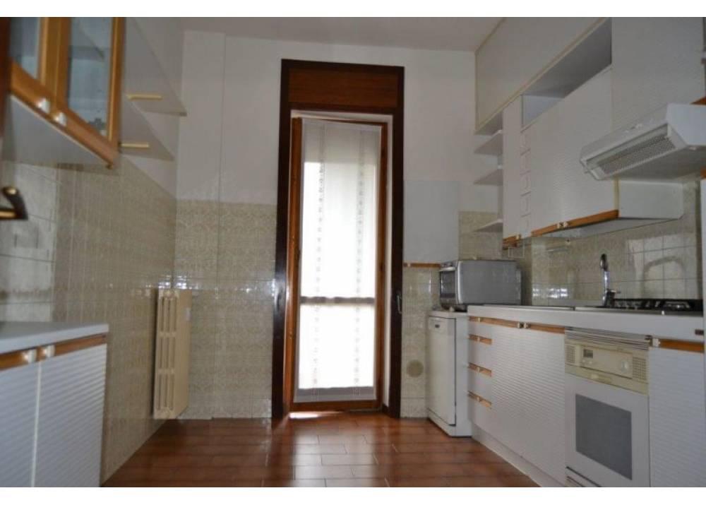 Vendita Appartamento a Parma quadrilocale Zona Est di 123 mq