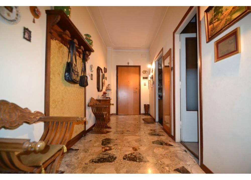 Vendita Appartamento a Parma trilocale San Leonardo di 98 mq