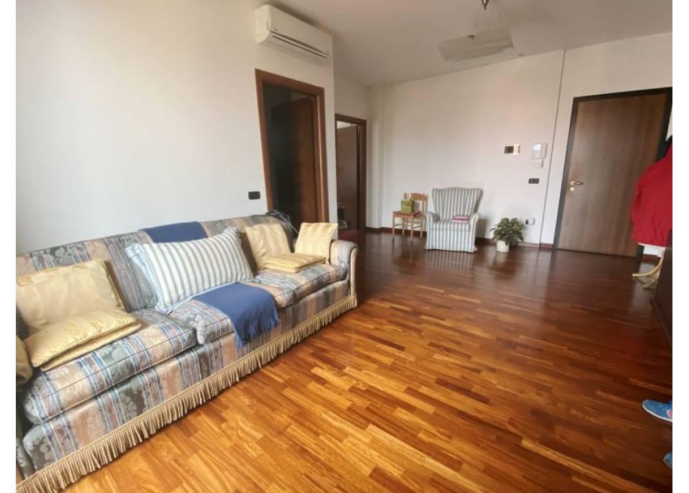 Vendita Appartamento a Parma trilocale  di 108 mq