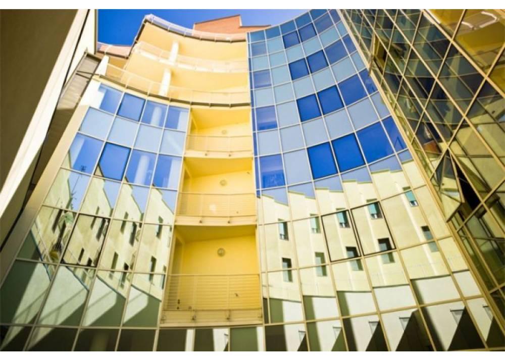 Vendita Locale Commerciale a Parma monolocale Parma centro di 383 mq
