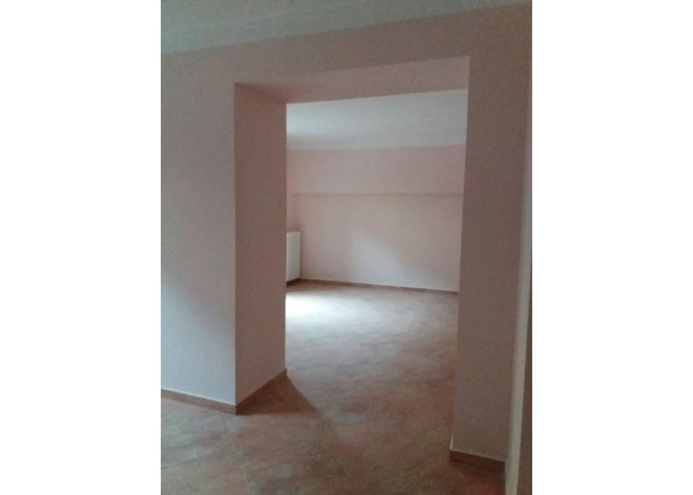 Affitto Appartamento a Parma Via Emilia Ovest Crocetta di 200 mq
