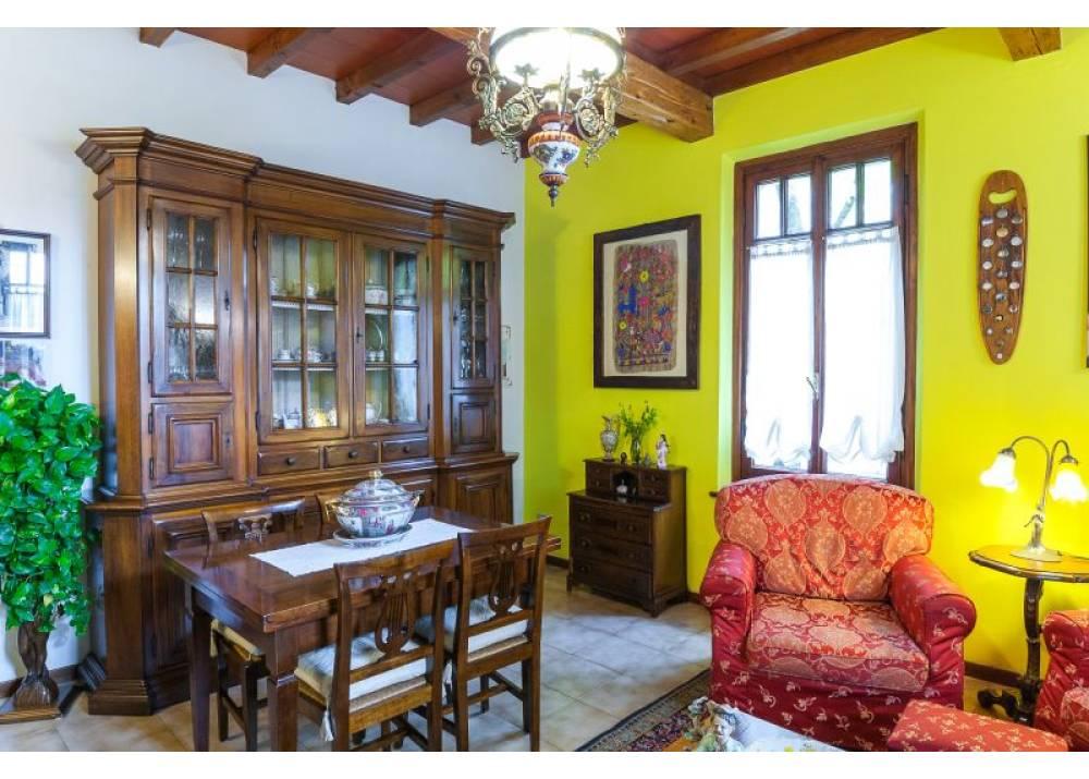 Vendita Villa a Parma  Q.re San Lazzaro di 280 mq